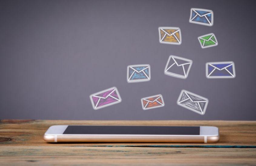 akademik mail